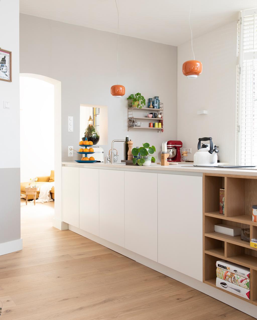 vtwonen 2-2020 | Binnenkijken in arbeidershuisjes in Utrecht keuken