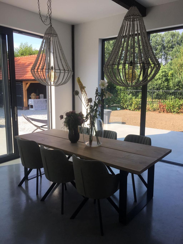 heerlijk-plekje-om-smorgens-vroeg-een-bak-koffie-te-drinken-met-uitzicht-op-onze-lounge-hoek-in-de-tuin