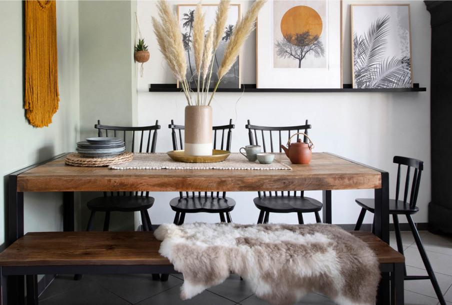 table à manger avec banc en bois