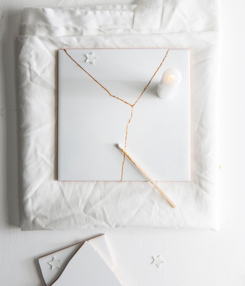 Witte tegel | makkelijke kerstdecoraties | DIY | vtwonen 12-2020