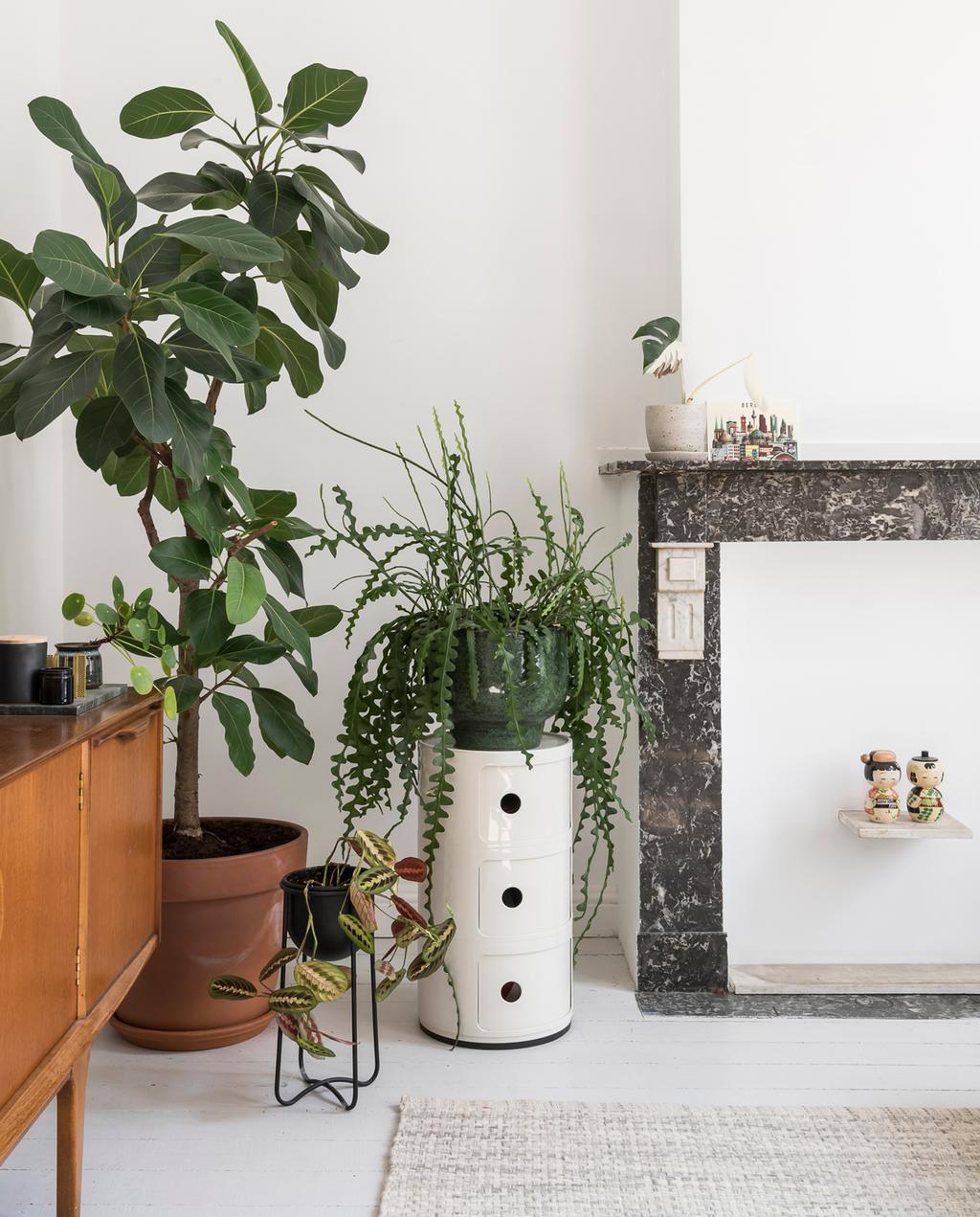 vtwonen 13 | Binnenkijken in een burgerwoning in Antwerpen woonkamer schouw
