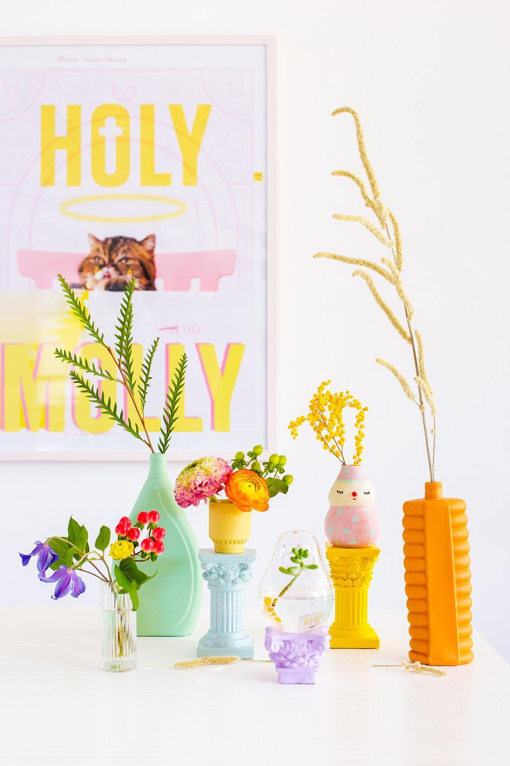 Kleurrijke kandelaars voor classicisme in huis volgens blogger OhMarie!