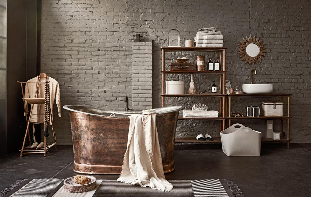 vtwonen 13-2019 | styling bruin de trendkleur badkamer