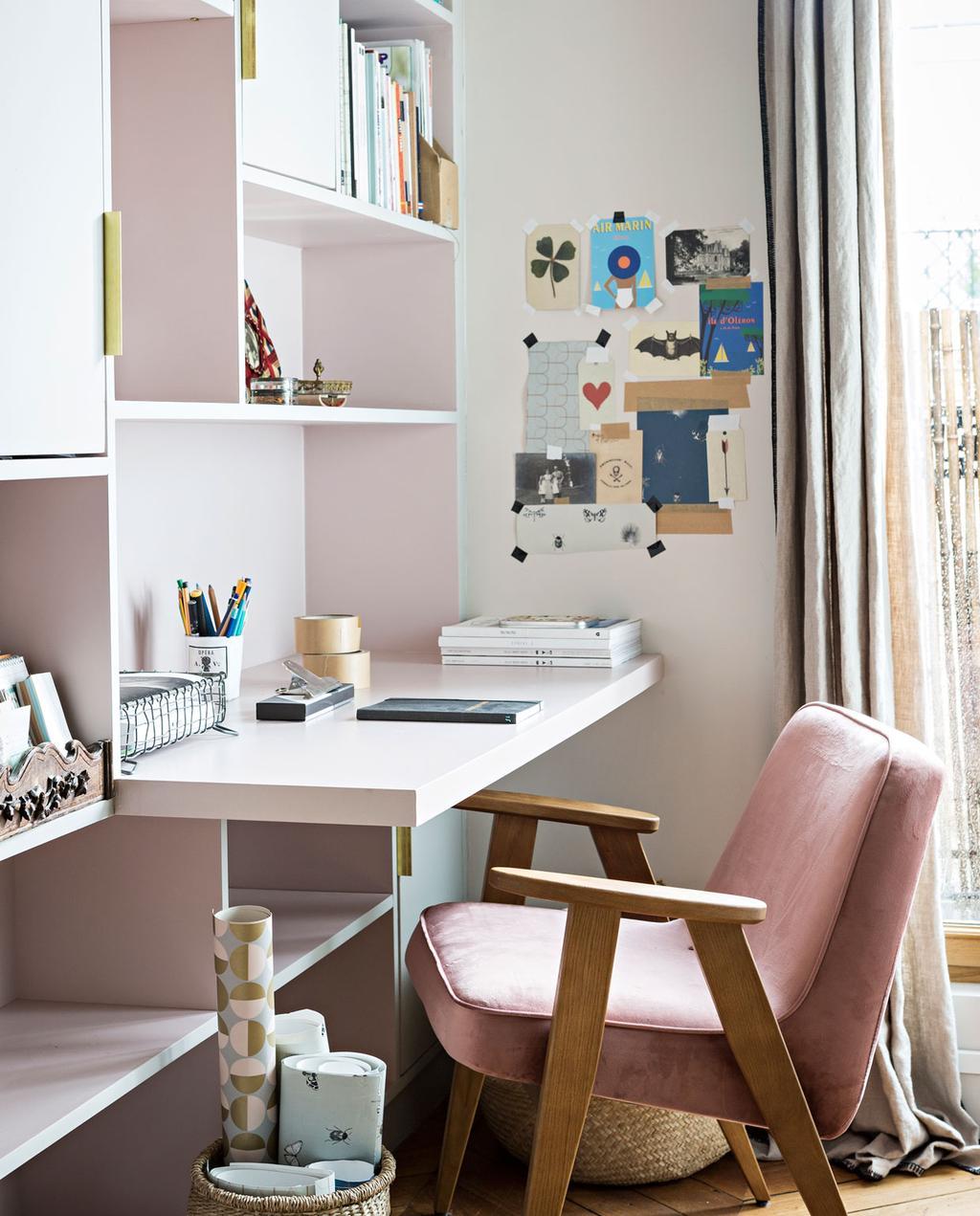 vtwonen 10-2019 | slaapkamer roze stoel