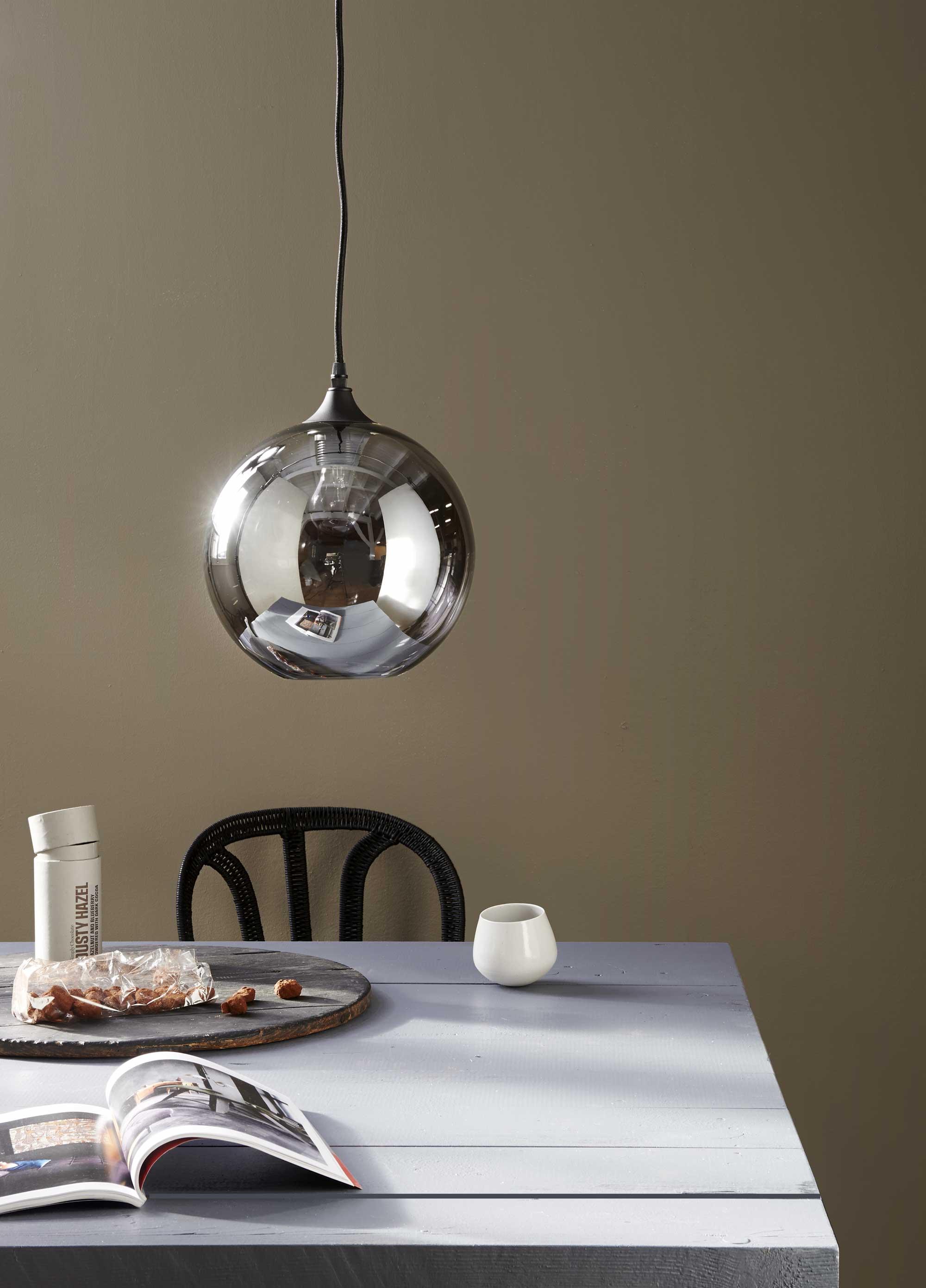 table lampe boule