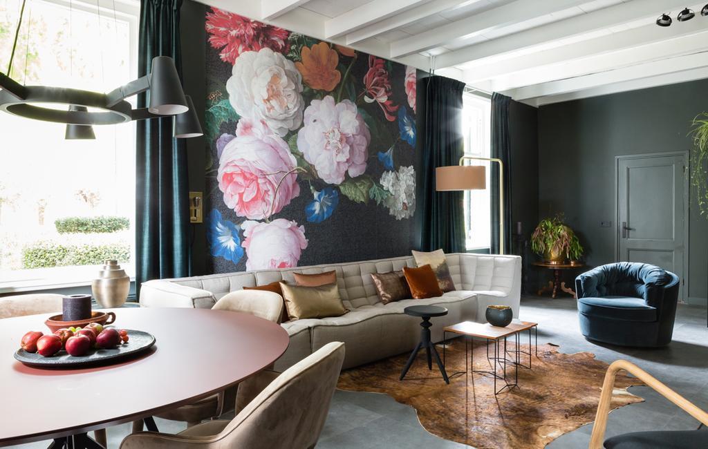 vtwonen weer verliefd op je huis | seizoen 11 aflevering 5 | fotografie Barbara Kieboom | styling Frans Uyterlinde | bloemetjesbehang met print uit Rijksmuseum