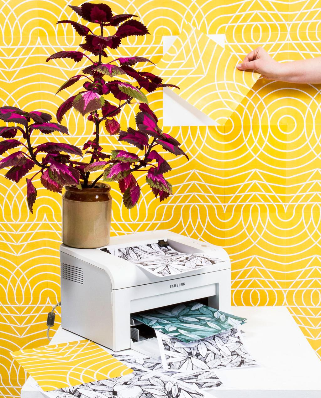 vtwonen | Blog StudentDesign Julia Groth behang kleurrijk