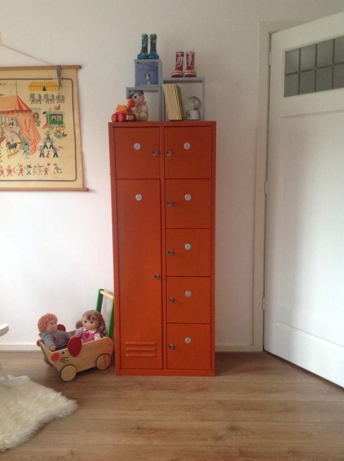 oranje lockerkast