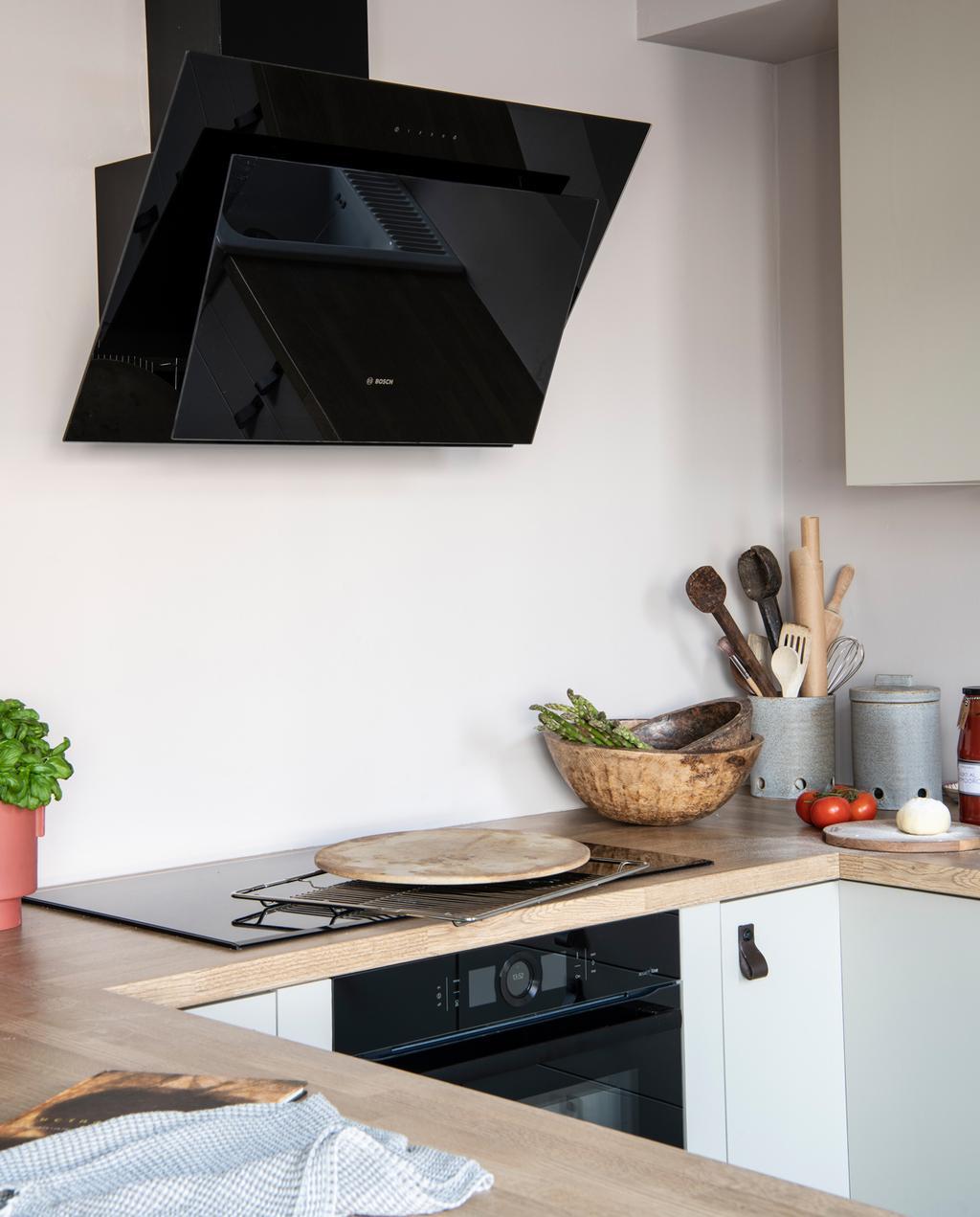 Binnenkijken in een keuken met een mix aan stijlen in Gorinchem
