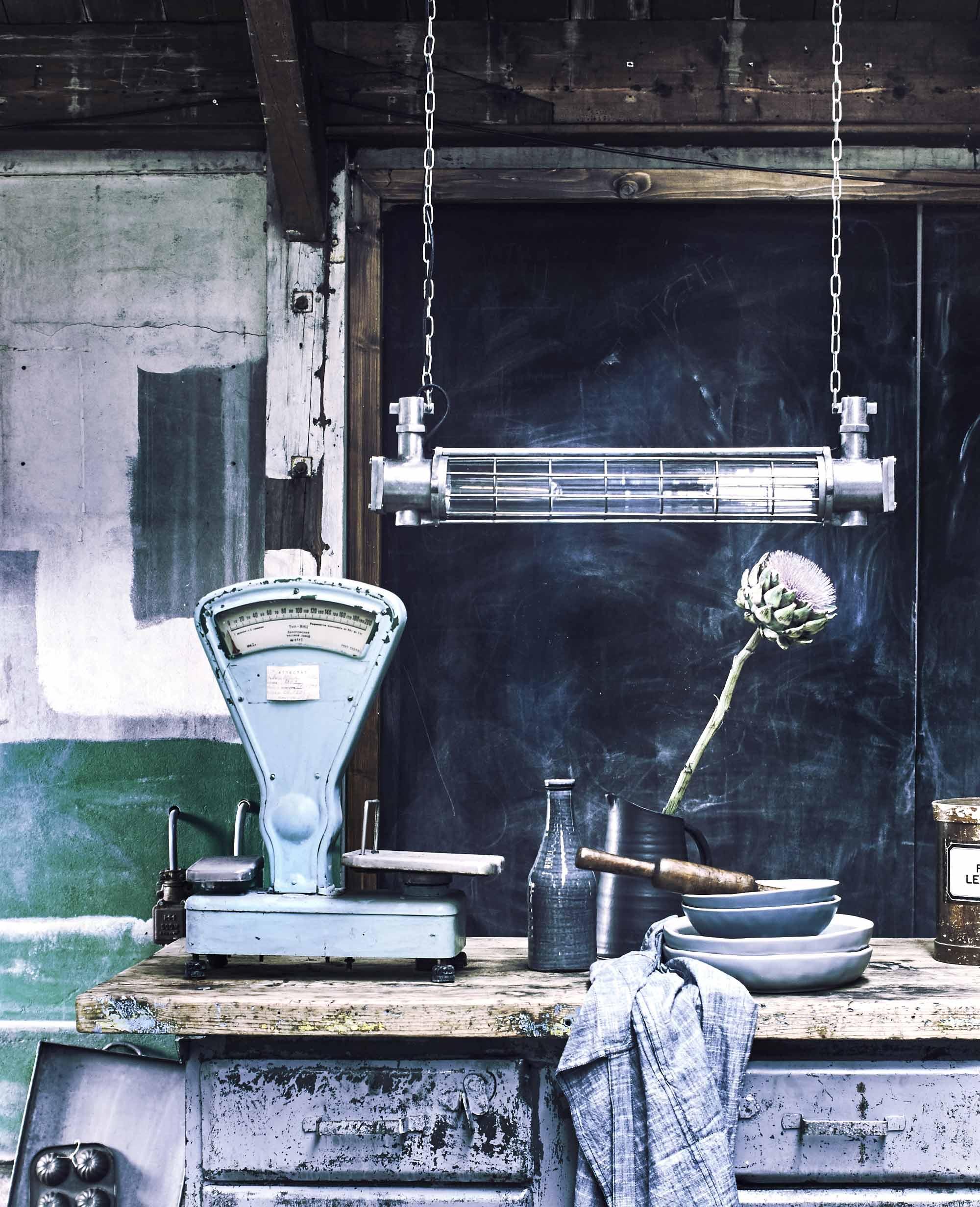 industriële hanglamp werkbank