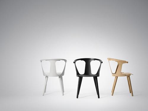 stoelen In Between