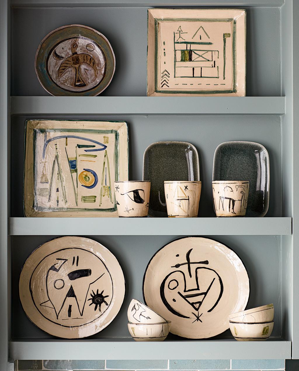 vtwonen special tiny houses | verschillende objecten in de keuken van verschillende culturen