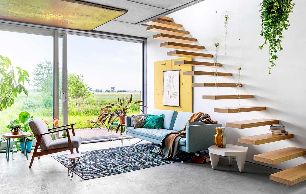 vtwonen 08-2016 | zomerhuis met zwevende trap