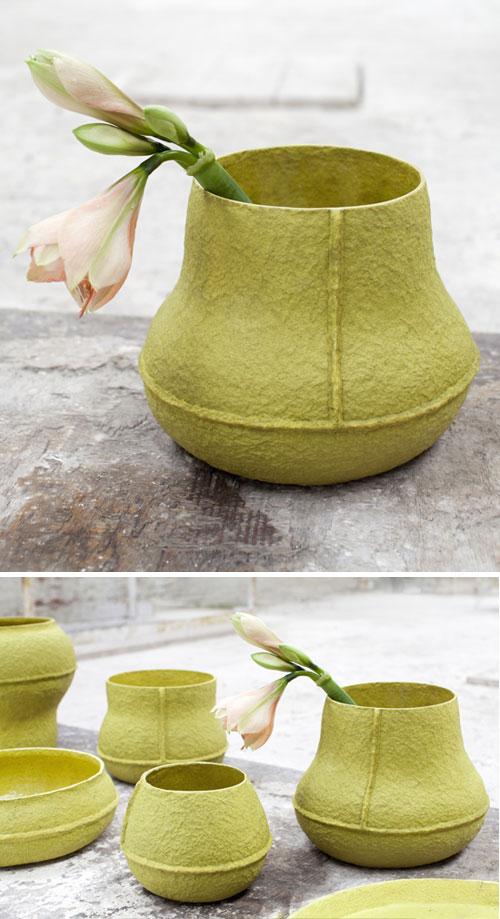 groen papierpulp vaas