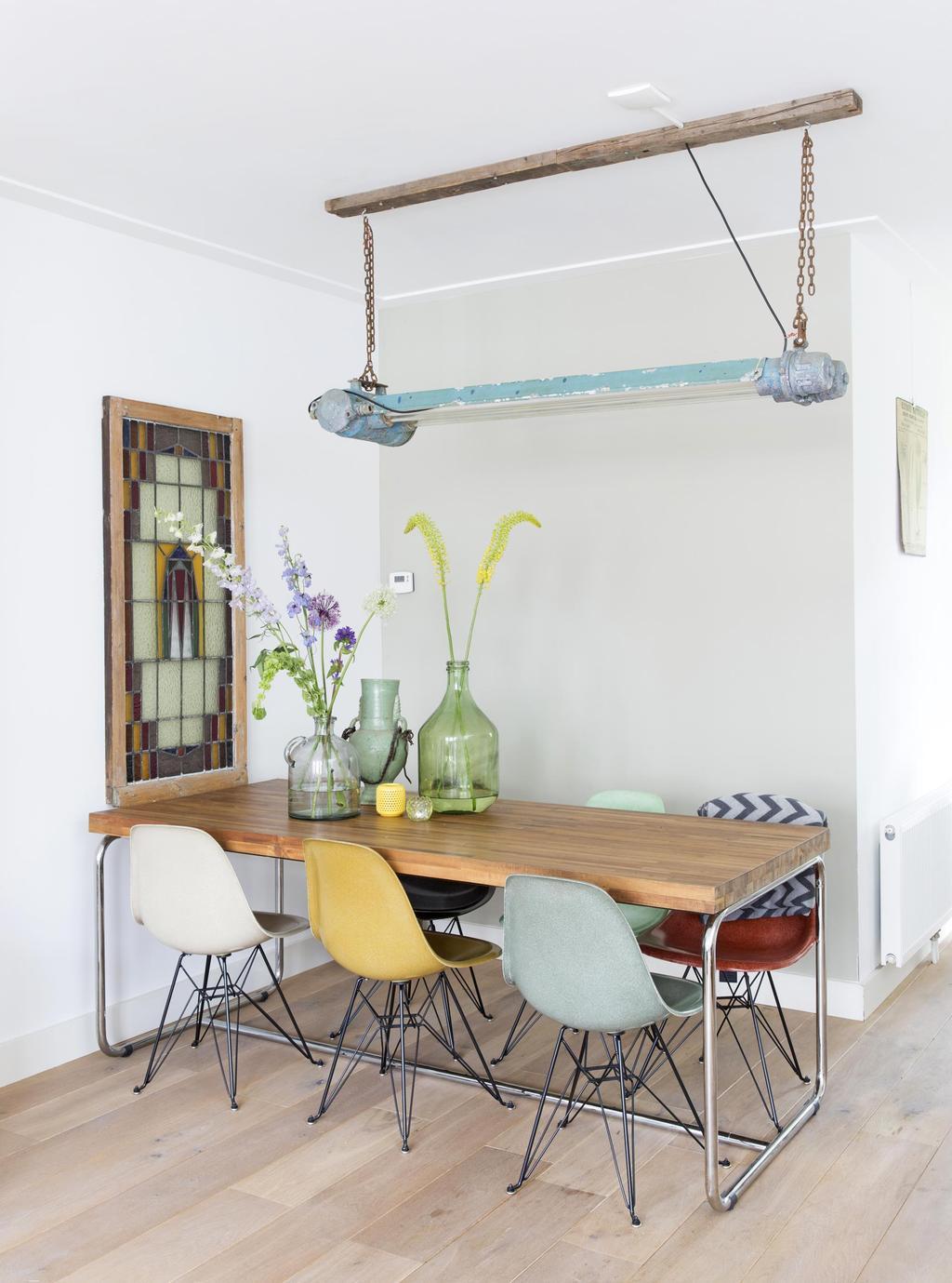 gekleurde eetkamerstoelen