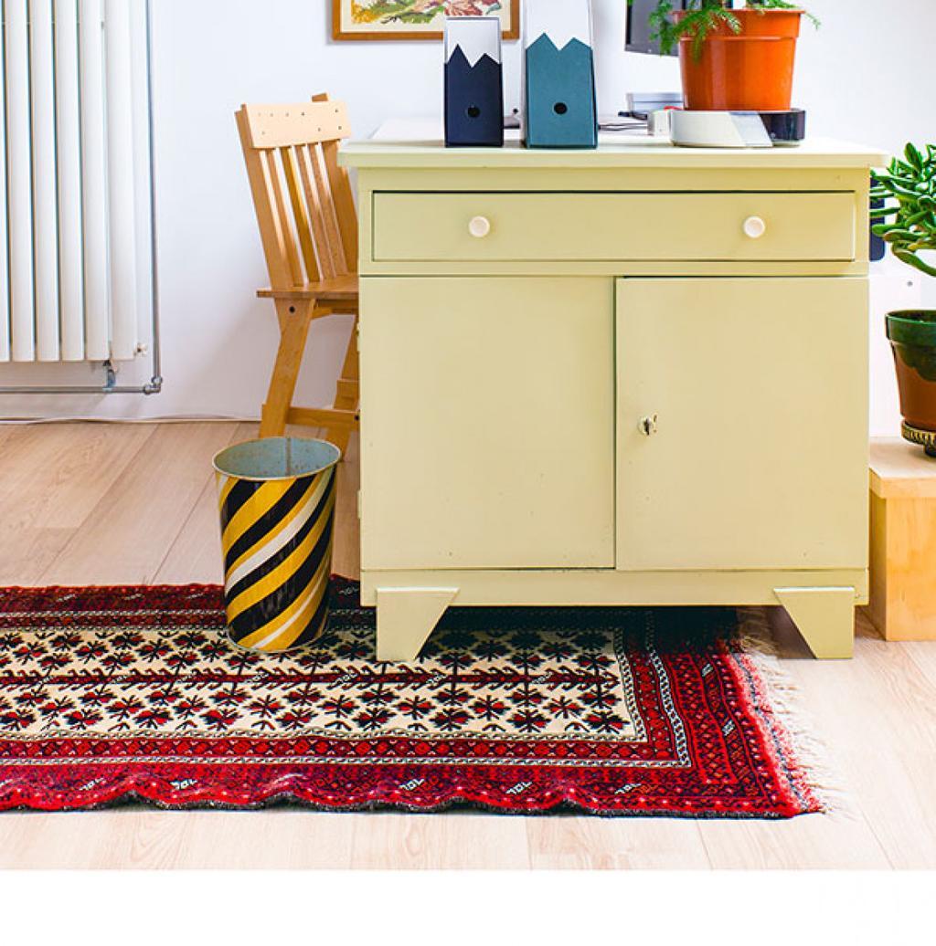 tapis-coloré-espace-bureau