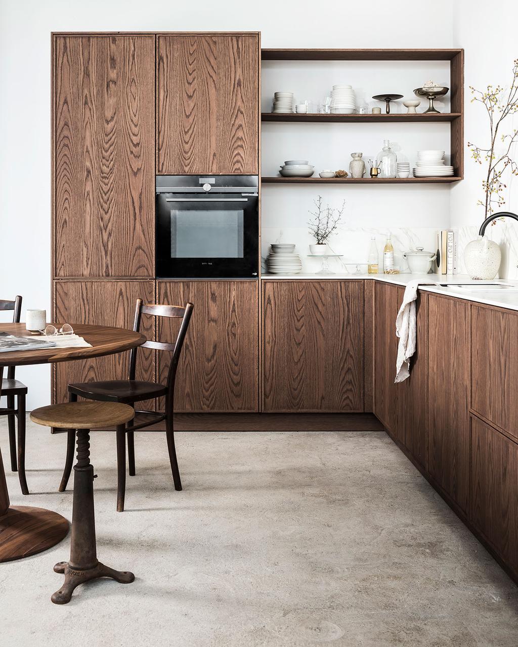 Zien! De nieuwe vtwonen keukens | Dark Oak | vtwonen