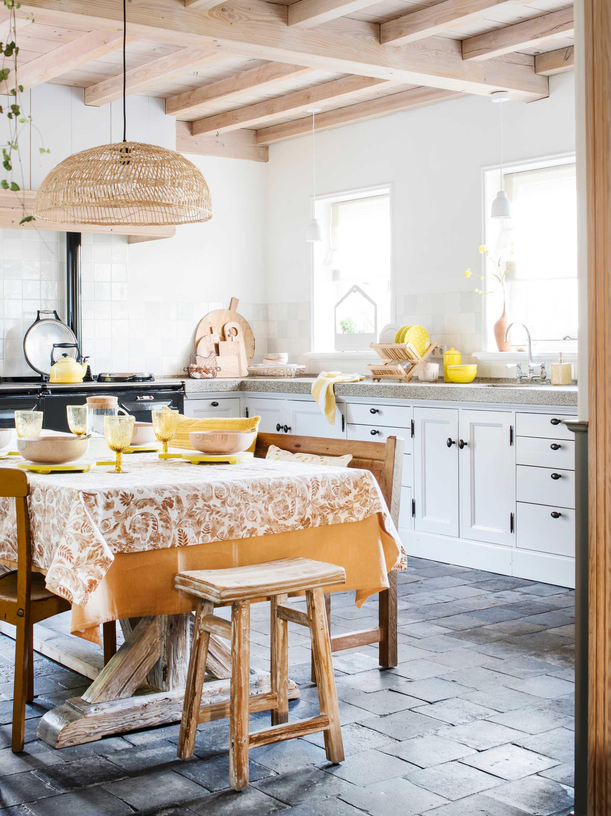 keuken geel hout
