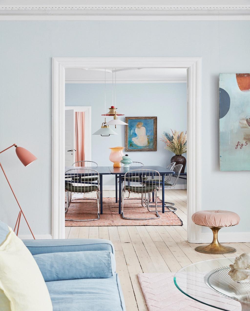 vtwonen 06-2020 | Appartement Kopenhagen woonkamer met doorkijk naar de eettafel