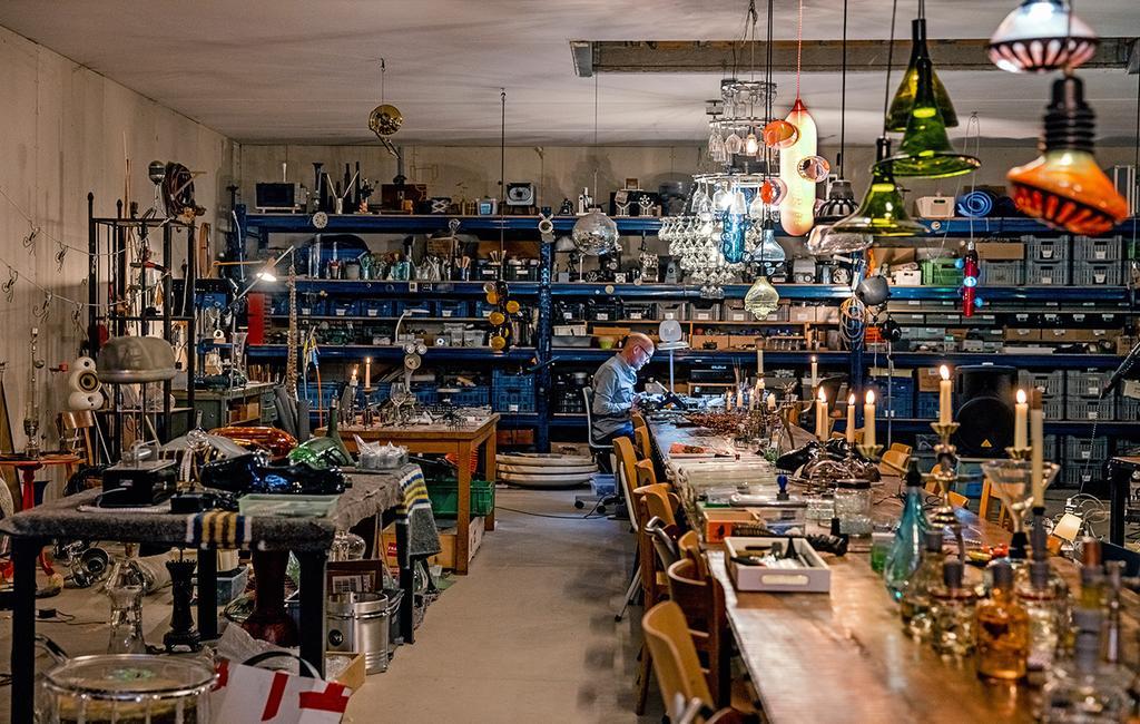 vtwonen 03-2021 | werkplaats in atelier met ontwerper Eibert