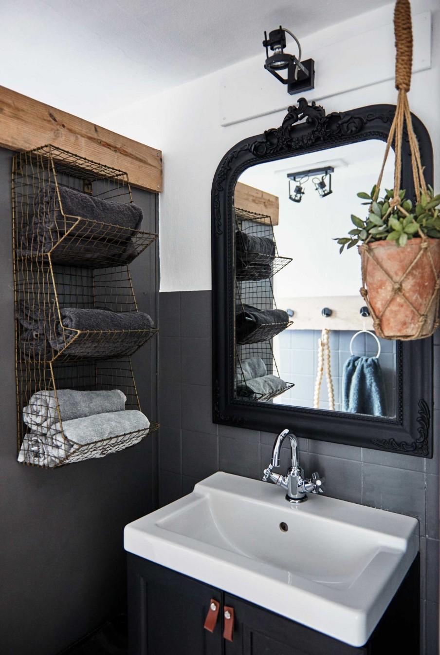 12 salle de bain miroir