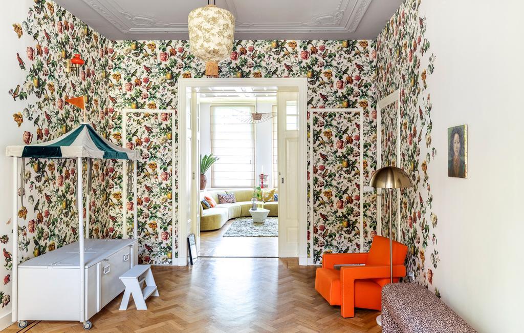 Behangen met een patroon doe je zo | creatief met behang