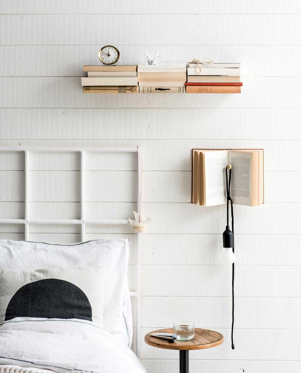 vtwonen 13-2019 | DIY zwevende boekenplank aan de wand