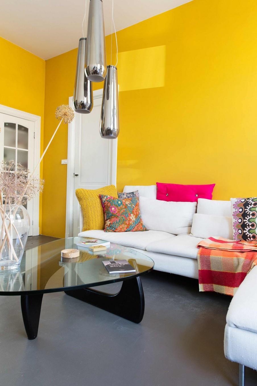 mur jaune salon