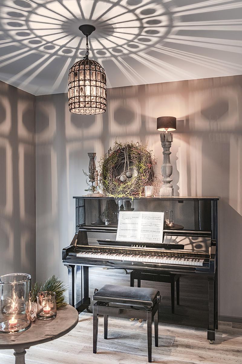 sfeervolle kerst binnenkijken bo & dou 05 piano
