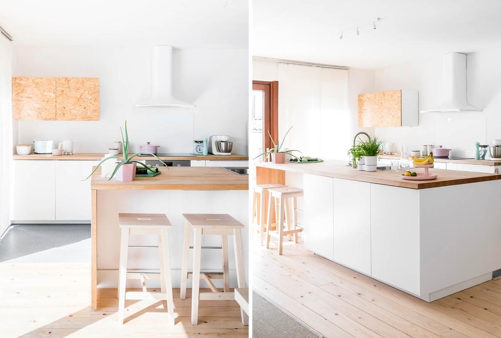 Witte keuken met veel hout en veel licht