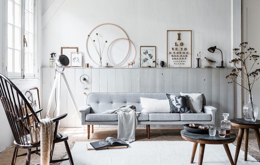 vtwonen | kleur in huis | grijze lambrisering