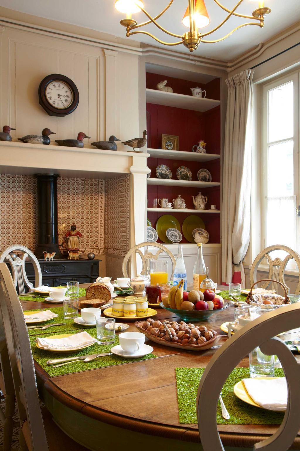 logeren ontbijt tafel