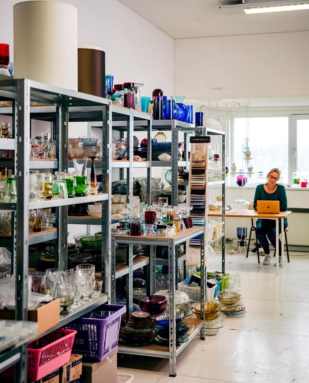 vtwonen 12-2019 | Ambacht Roos verlichting glazenlampen aterlier