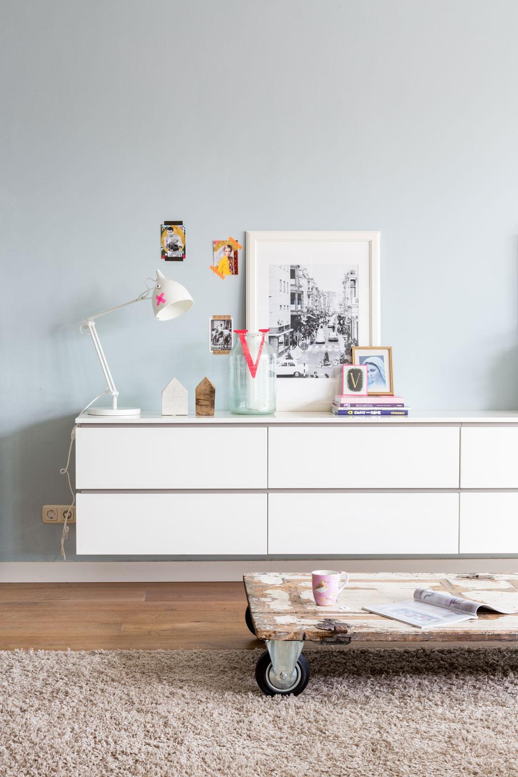 zwevend wit dressoir