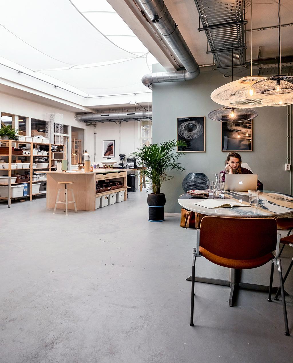 vtwonen 01-2021   kantoor binnen bij Robotiq
