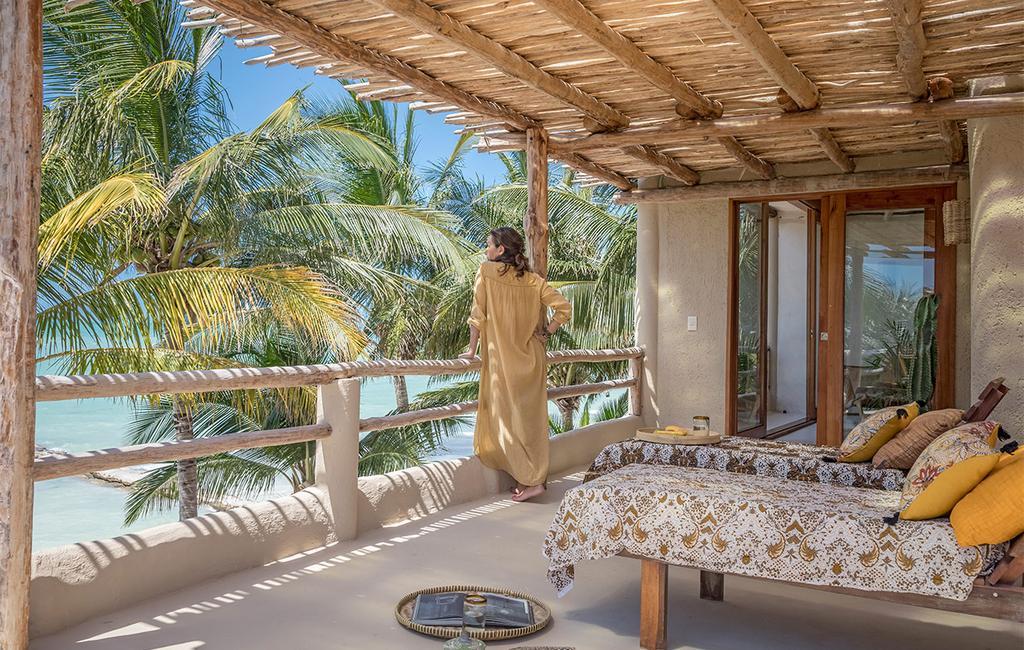 vtwonen casas especiais de verão 07-2021 |  varanda com vista para o mar