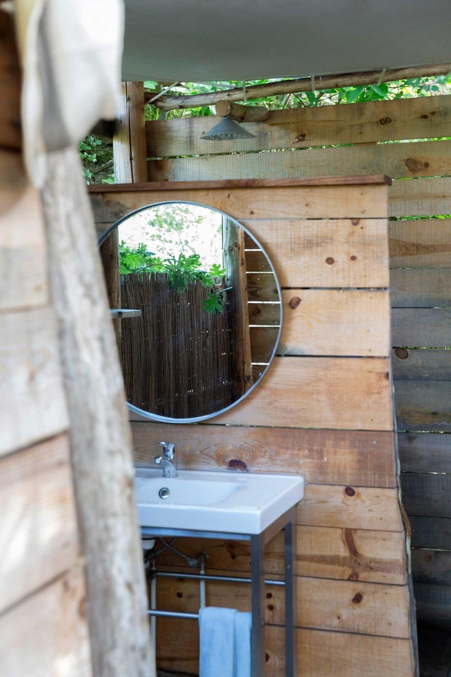 douche exterieur miroir