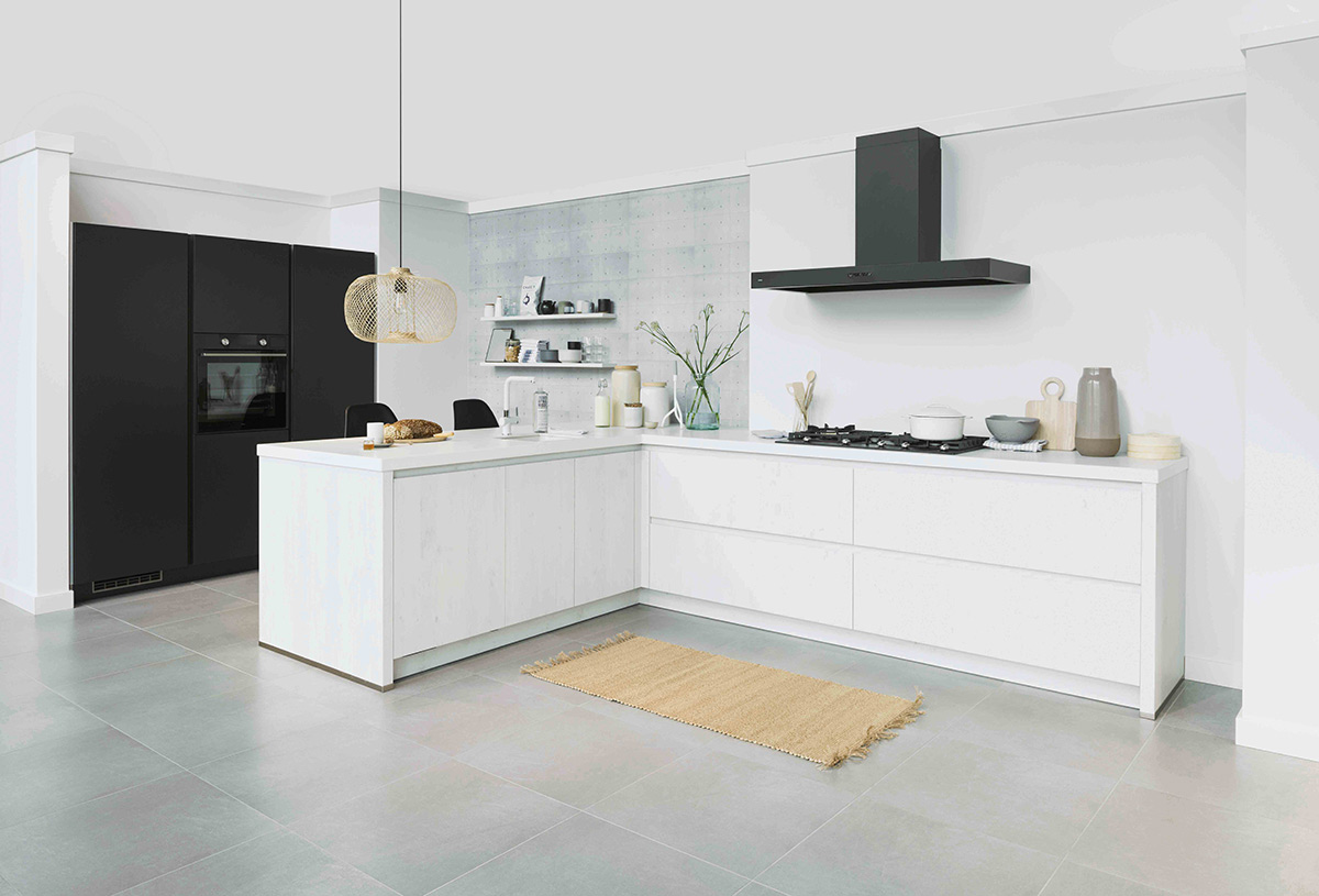 Keuken Scandinavisch, wit en basic