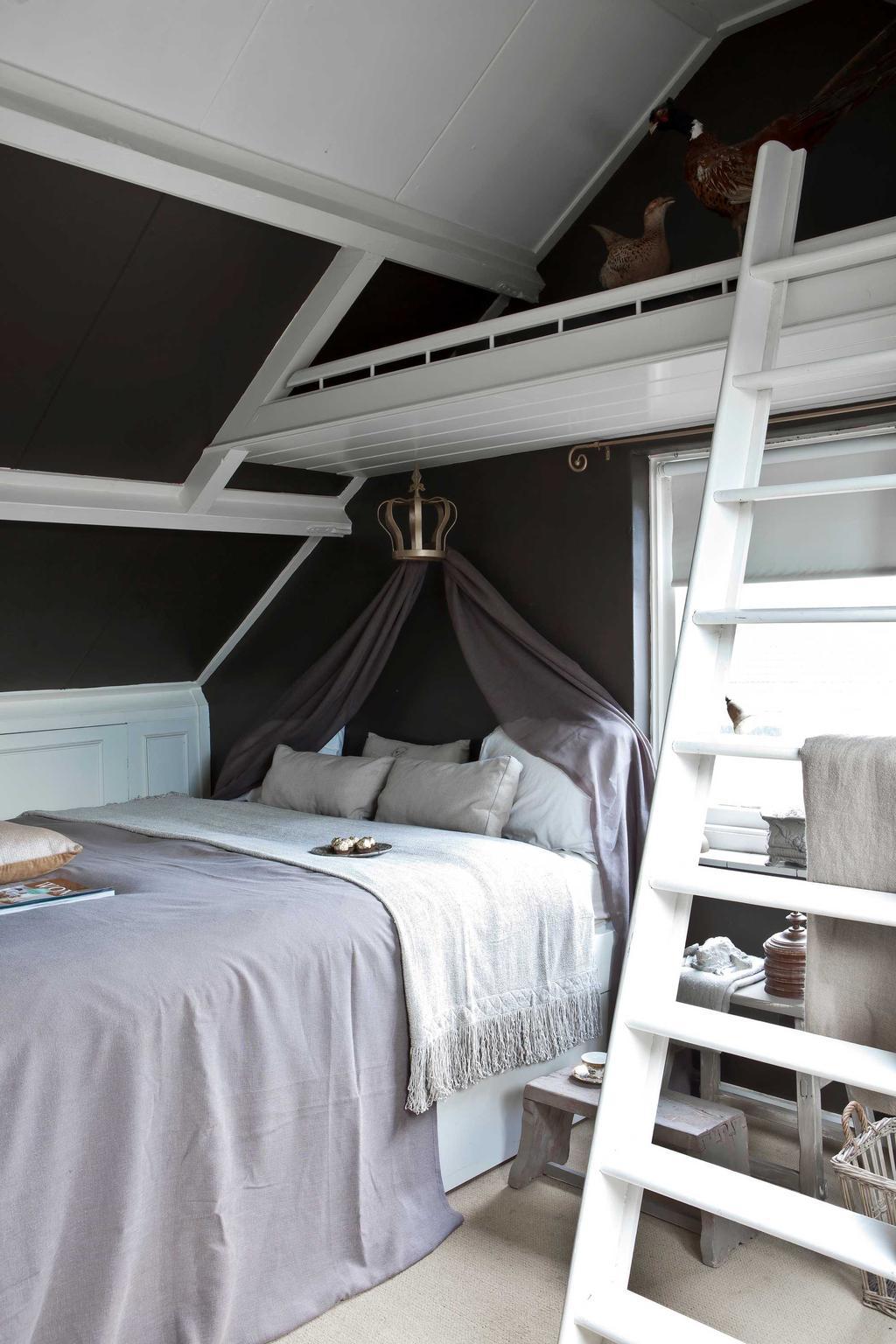 slaapkamer bed verdieping
