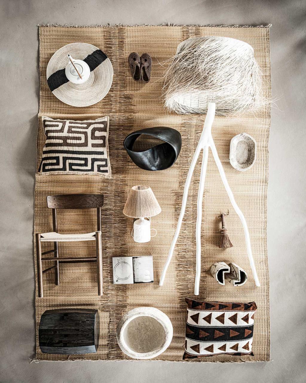 vtwonen 09-2020 | styling ambachtelijke handgemaakte accessoires | accessoires | lampen | kussens | stoelen