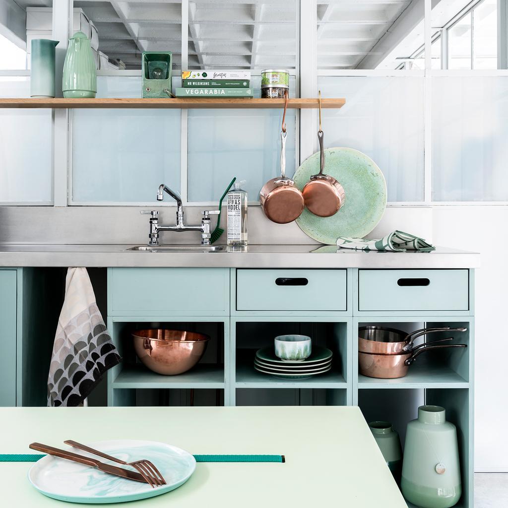 vtwonen pastel | styling Marianne Luning, fotografie Stan Koolen | pastel keuken inrichten