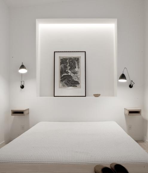 Sereen witte Deens Design slaapkamer