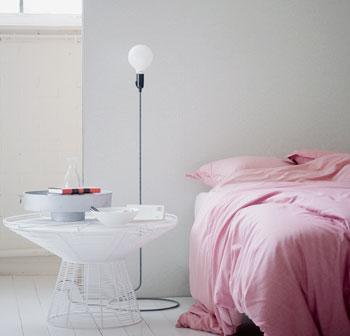 dekbed roze lamp wit