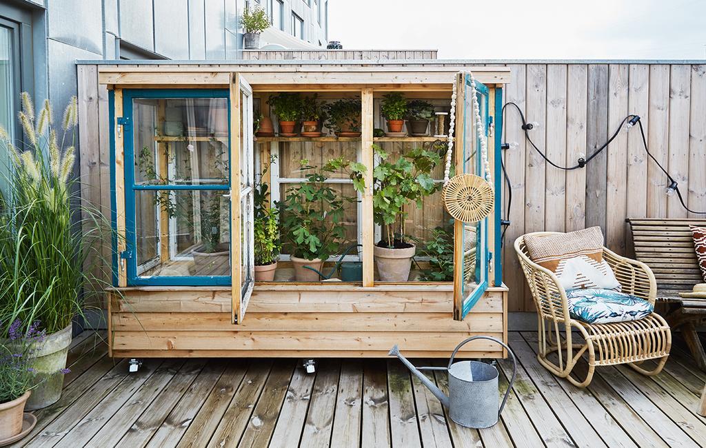 vtwonen tuin special 2 2020 | buitenkas hout en glazendeuren Buitenkijken Kopenhagen