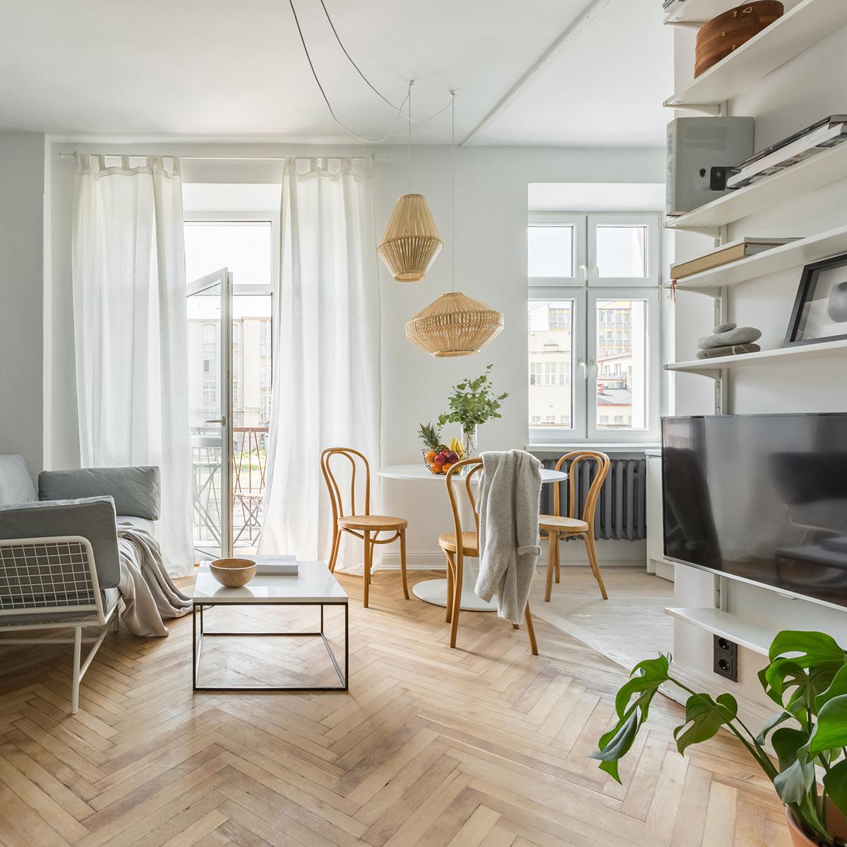 Woonkamer licht appartement