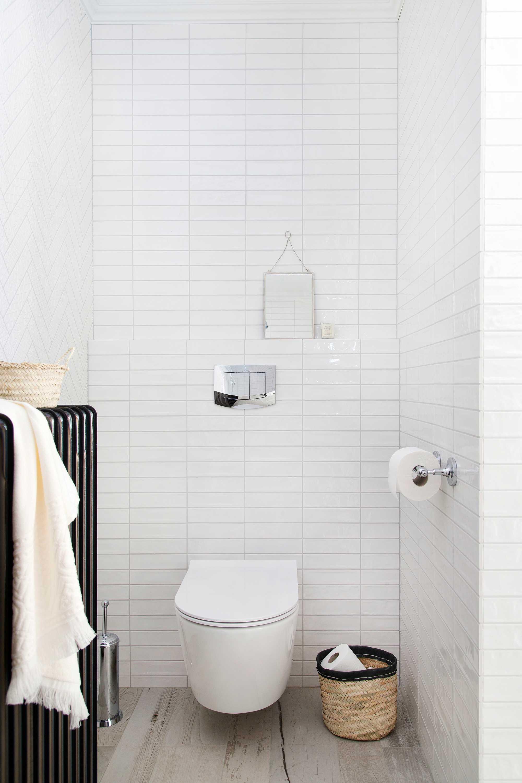 toilet ariadne at home