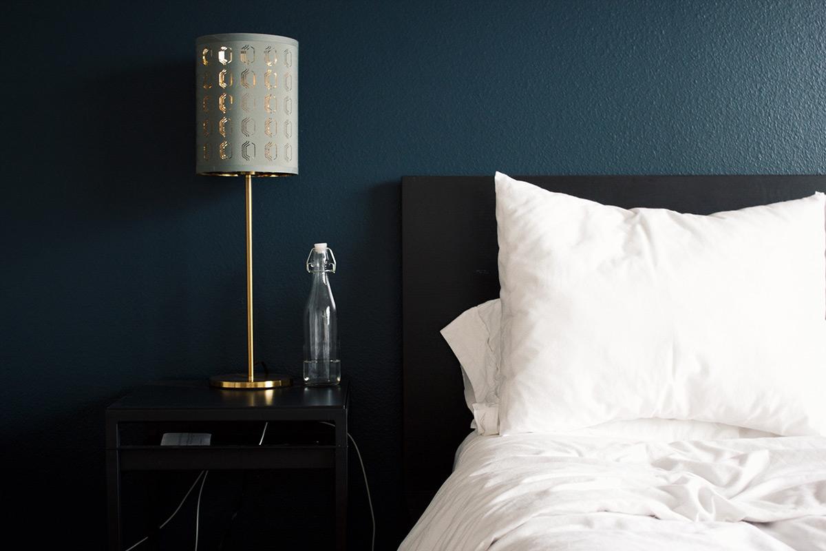 houten nachtkastje duurzame slaapkamer