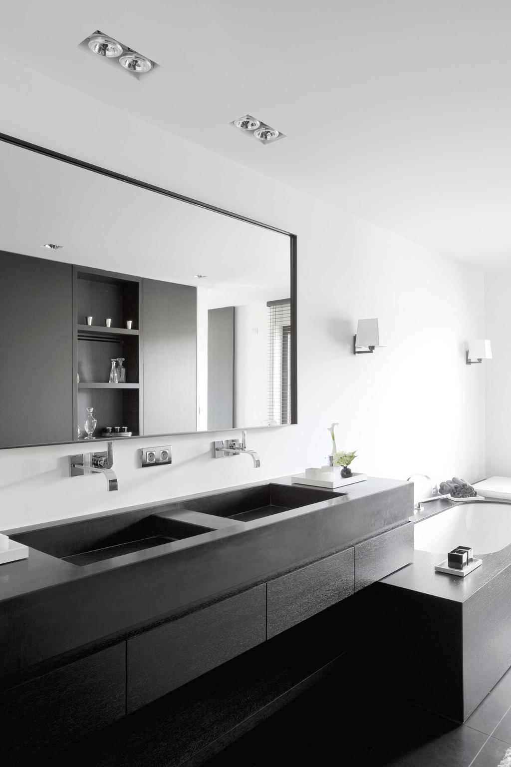 spiegel badkamer zwart wit