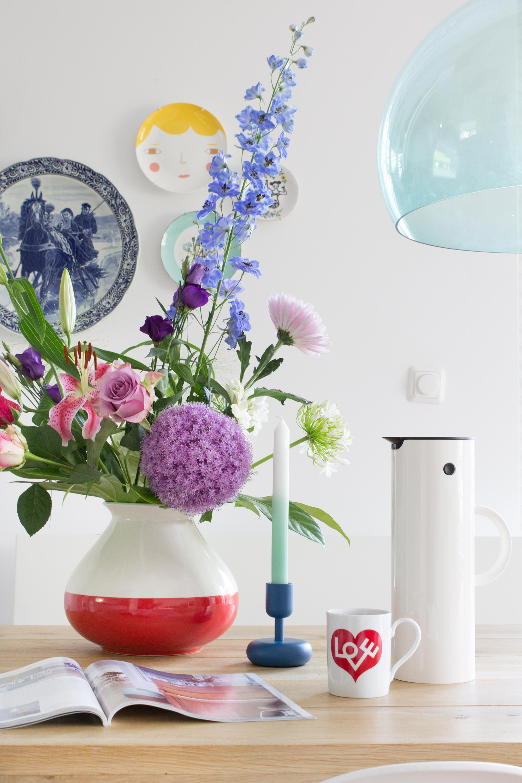 Koffietafel van Elske met designklassiekers