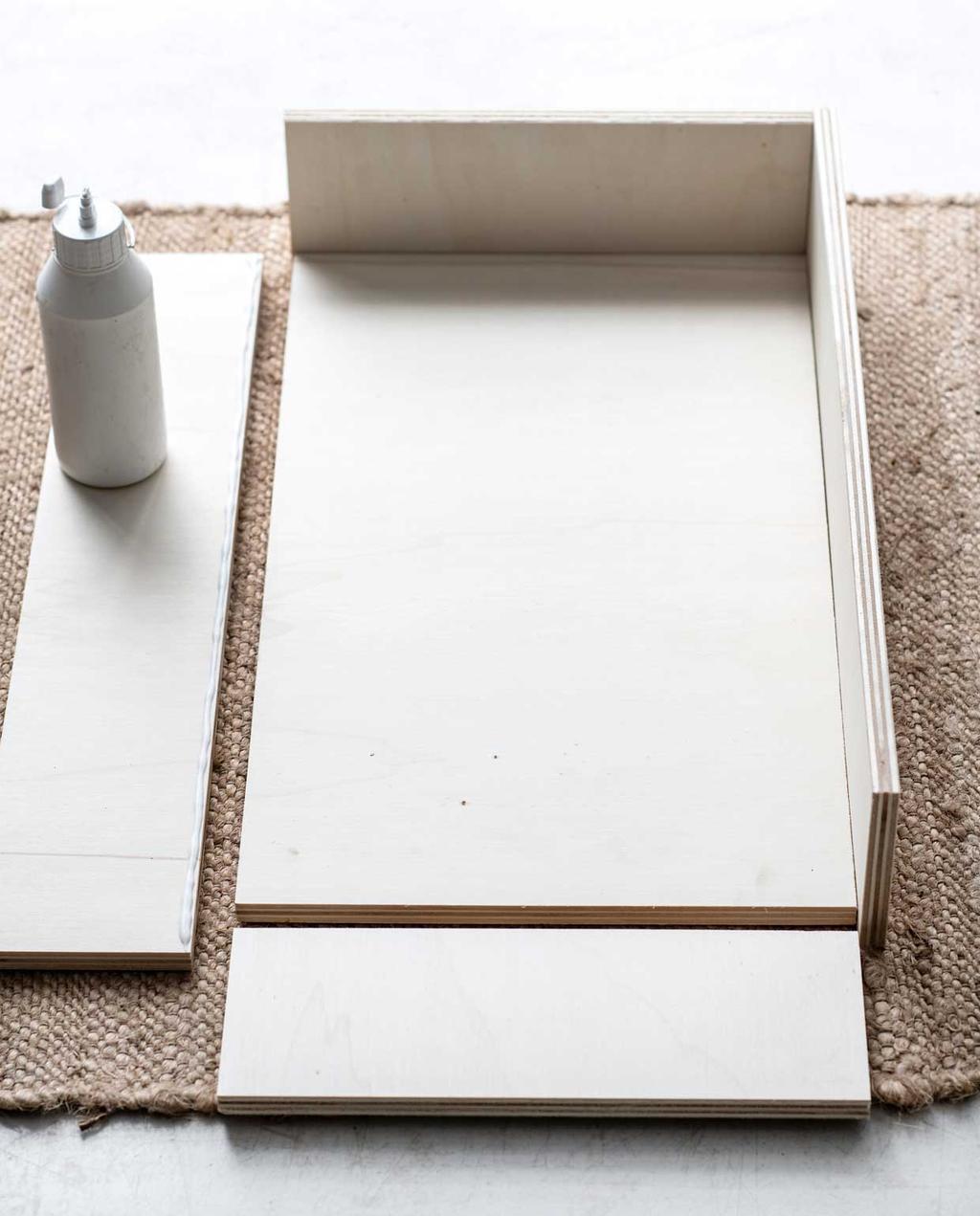 vtwonen 11 - DIY M bedtafeltje houten planken